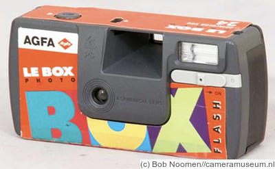AGFA: Le Box Photo Flash camera