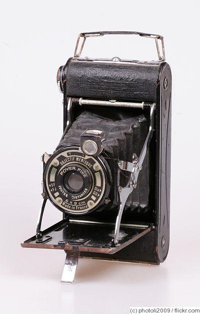 Coronet camera folding rollfilm camera price guide for Camera camera camera