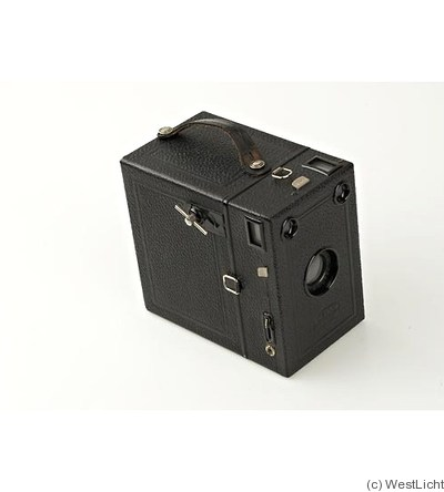 Goerz C.P.: Box Tengor (6.5x11) camera