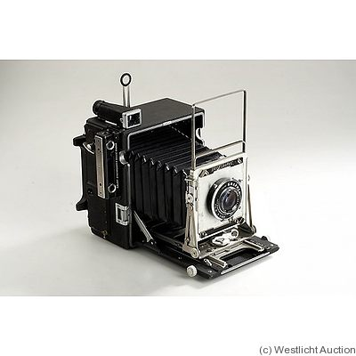 Graflex: Pacemaker Speed Graphic camera