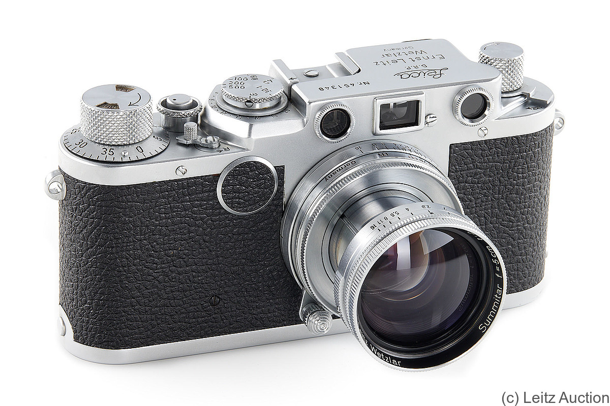 Leitz: Leica IIf (black dial) camera