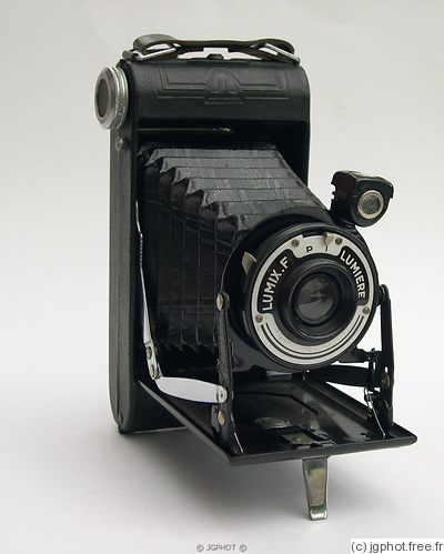 Lumiere & Cie: Lumix F camera