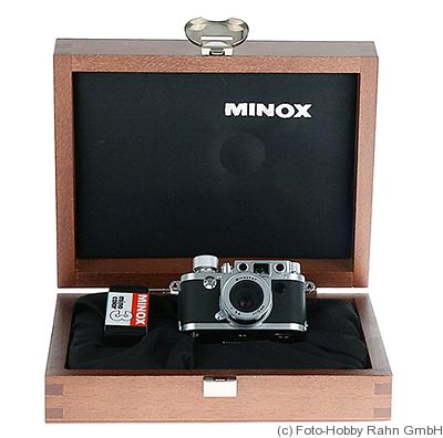 Minox: Leica IIIf (miniature) camera