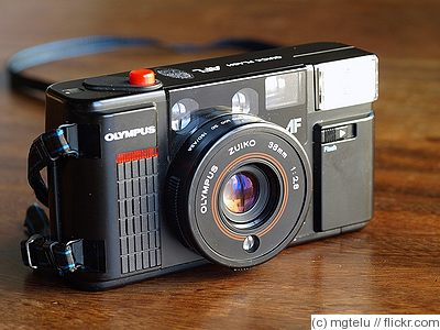 Olympus: AFL Quick Flash camera