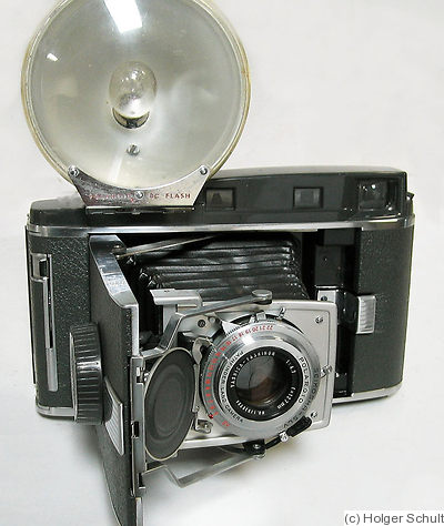 Polaroid: Polaroid 120 Land Camera camera