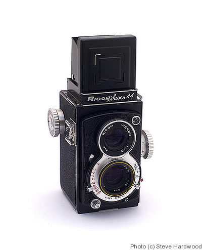 Riken: Ricoh Super 44 camera