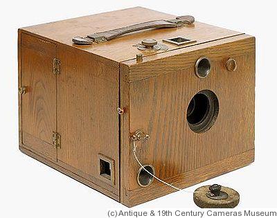 Scovill: Antique Oak Detective camera - Scovill: Antique Oak Detective Price Guide: Estimate A Camera Value