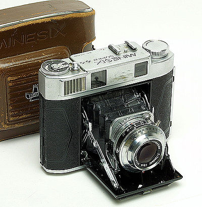 Takane: Mine Six Super 66 camera