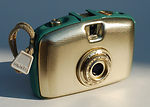 Zeiss Ikon VEB: Penti (aqua/gold) camera