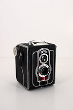 Sears Roebuck: Tower 120 Flash (early, Ising Pucky I) camera
