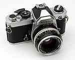 Nikon: Nikon FM chrome camera