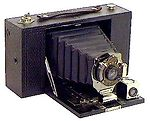 Kodak Eastman: No.3 Folding Brownie Model D camera