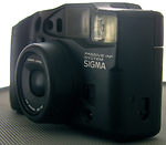 sigma: zoom super70 camera