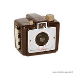 Kodak Eastman: Brownie Holiday camera