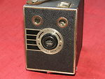 Kodak Eastman: Six-20 Portrait Brownie camera