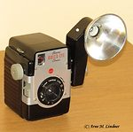 Kodak Eastman: Brownie Bulls-Eye camera