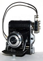 Houghton: Ensign Selfix 16-20 model IV camera