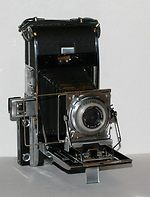 Polaroid: Polaroid 110 Pathfinder camera