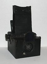 Houghton: Ensign Roll Film Reflex (2 1/4 B, horizontal) camera