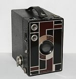 Kodak Eastman: Beau Brownie No 2A camera