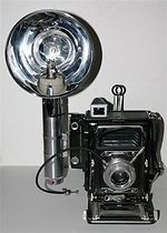 Graflex: Century Graphic camera