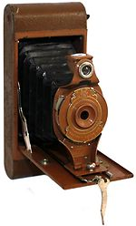 Kodak Eastman: Folding Rainbow Hawk-Eye No.2A Model B camera