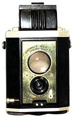 Kodak Eastman: Brownie Reflex Synchro camera