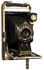 Kodak Eastman: Folding Autographic Brownie No.2C camera