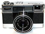 Fuji Optical: Fujica 35 Auto M camera