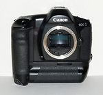 Canon: EOS 1 HS camera