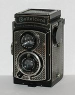"Rollei: Rolleicord I ""Tapeten"" (Wallpapered) camera"