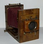 unknown companies: French Tailboard 9x12 camera
