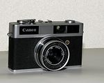 Canon: Canonet Junior camera