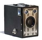 Kodak Eastman: Kodak Brownie Six 16 Jr. camera