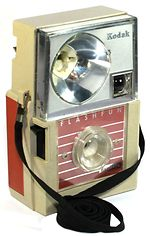 Kodak Eastman: Hawk-Eye Flashfun camera