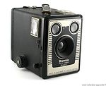 Kodak Eastman: Six-20 Brownie Model D camera