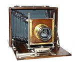 unknown companies: German wood&brass plate camera camera