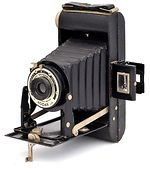 Kodak Eastman: Folding Six-20 Brownie Model I camera