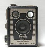 Kodak Eastman: Brownie Six-20 D camera