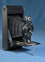 Kodak Eastman: Folding Cartridge Hawk-Eye No.2 camera