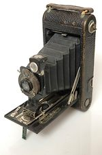Kodak Eastman:  No1a Autographic Kodak Junior camera