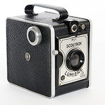 Lumiere & Cie: Scout Box camera