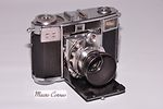 Zeiss Ikon: Contessa 35 (533/24) Compur Rapid camera