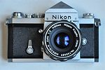 Nikon: Nikon F (eyelevel, chrome) camera