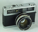 Fuji Optical: Fujica Compact D camera