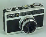 Fuji Optical: Fujica Compact S camera