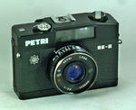 Kuribayashi (Petri): Petri RE II camera