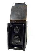 Ross: Twin Lens Reflex (TLR) camera