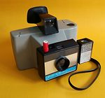 Polaroid: Swinger II camera