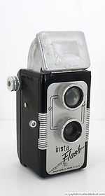Herbert George: Insta-Flash camera